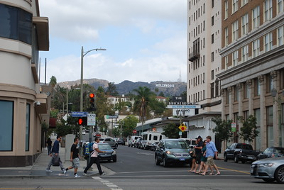 Hollywood & Ivar - site of bank shoot-out.