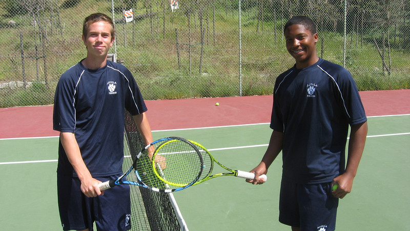 Stefan F and Steven Reed relax before Crespi match on Thursday, April 14, 2011 at home Vt Courts