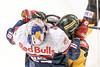 Vienna, Austria, 13.Oct.2015 - EBEL, Erste Bank Eishockey Liga, UPC Vienna Capitals EC Red Bull Salzburg in Albert Schultz Halle. Image shows Kyle Beach (EC Red Bull Salzburg) and Danny Bois (UPC Vienna Capitals) . Foto: GEPA Pictures / Gerald Fischer