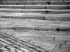 """<p><font size=""""4"""">L'escalier perturbé </font></p> <p><font size=""""1""""> Perturbed stairs </font></p>"""
