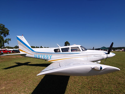 EAA Fly-In at Buhlow Airport, Pineville, Louisiana.  Oly E330 and ZD11-22