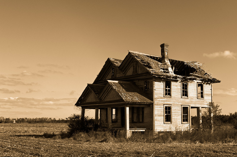 House with Two Gables - Never Occupied