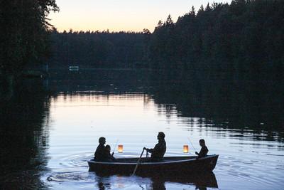Eine leuchtende Familie Lampionfahrt Seefest 2012