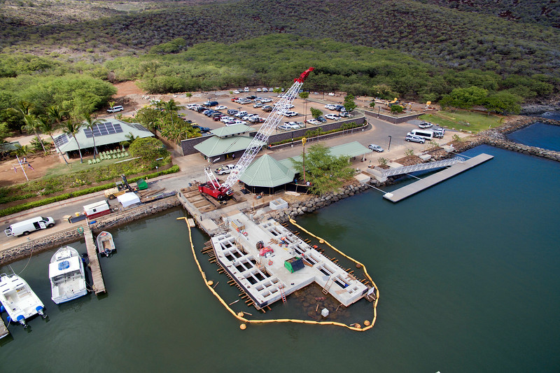 Manele Dock Construction - Jan. 22, 2016