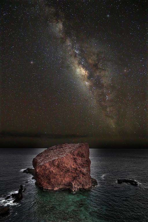 Pu'upehe (Sweetheart Rock) and Milky Way - Lana'i, Hawaii