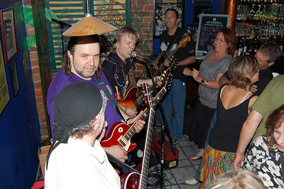 Kenny & Steele at Trios