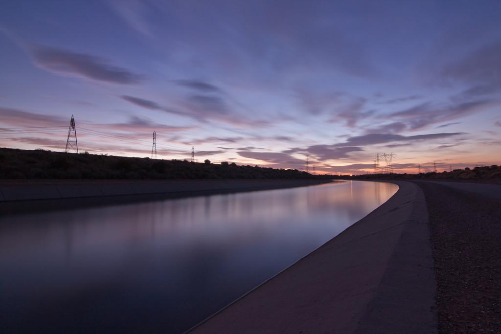 IMAGE: http://www.scottzinda.com/Other/Landscape/i-jSn499b/1/XL/Crossroads-XL.jpg
