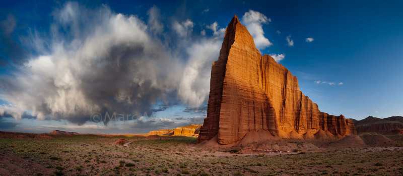 ©Marc Muench, Temple of the sun, Capitol Reef National Park, Utah