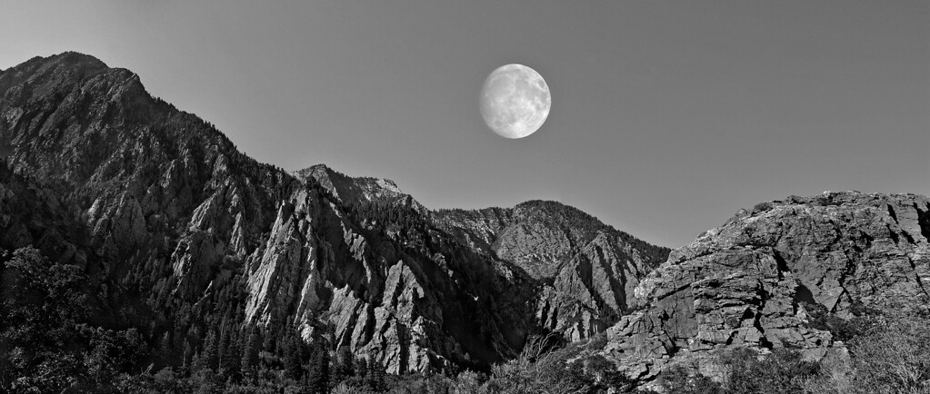 Moon Big Cottonwood Canyon