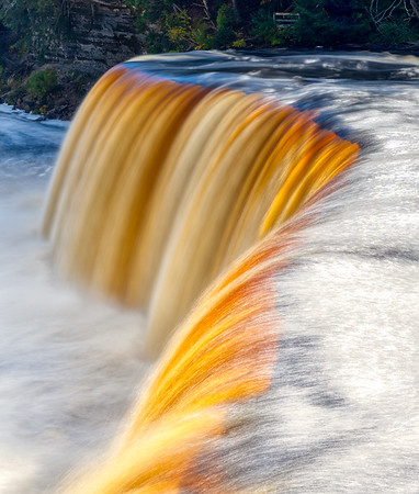 There be gold in them thar falls
