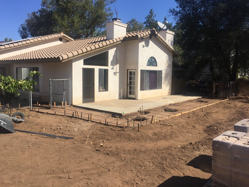 Ready for some concrete. Gas and electrical are in next to the old slab where a new BBQ island is going to go.