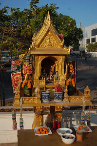 As in Thailand, most shops and houses have spirit houses where they leave offerings in an attempt to appease the gods.