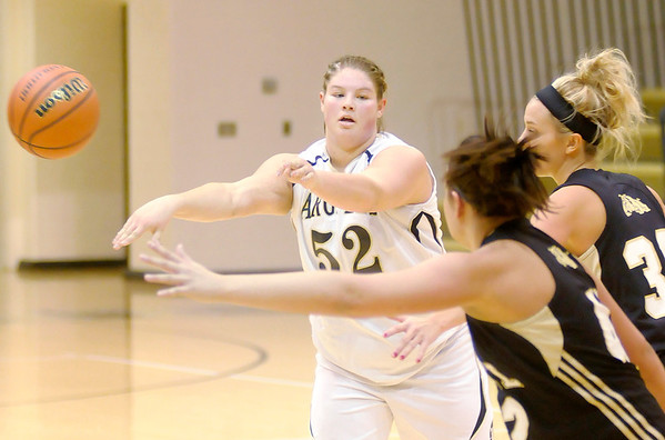 Don Knight / The Herald Bulletin<br /> Madison-Grant's Bethani Herniak passes the ball as the Argylls hosted the Lapel Bulldogs on Wednesday.