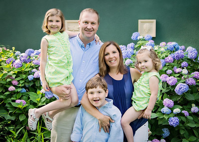 The Fam with Flowers (1 of 1)