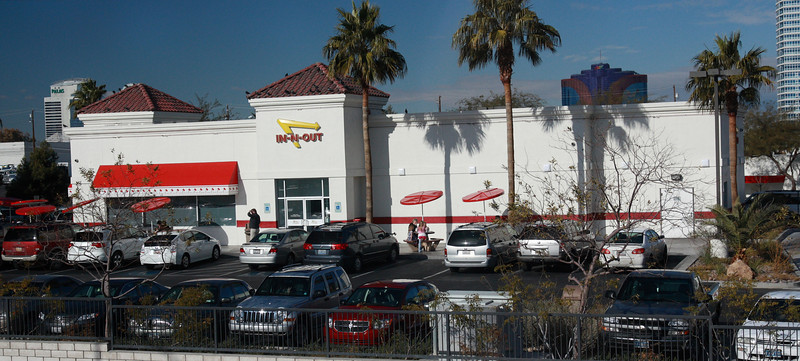 i- n-out LV