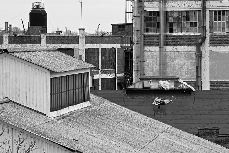Factory Roofs, Newark<br /> ©2011 Peter Aldrich