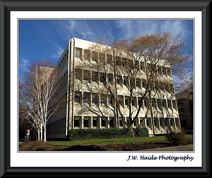 Washington County Oregon justice center building in downtown Hillsboro, Oregon.