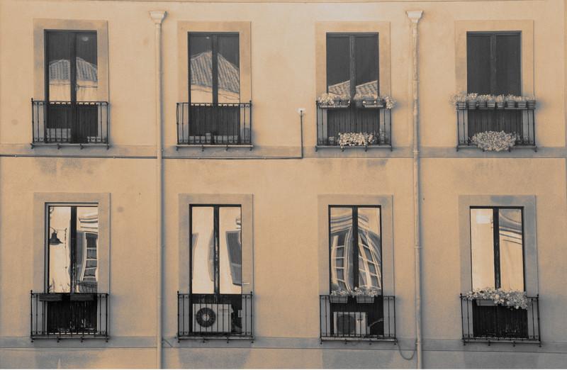 Window reflections, Cagliari, Sardinia © Laurel Casjens