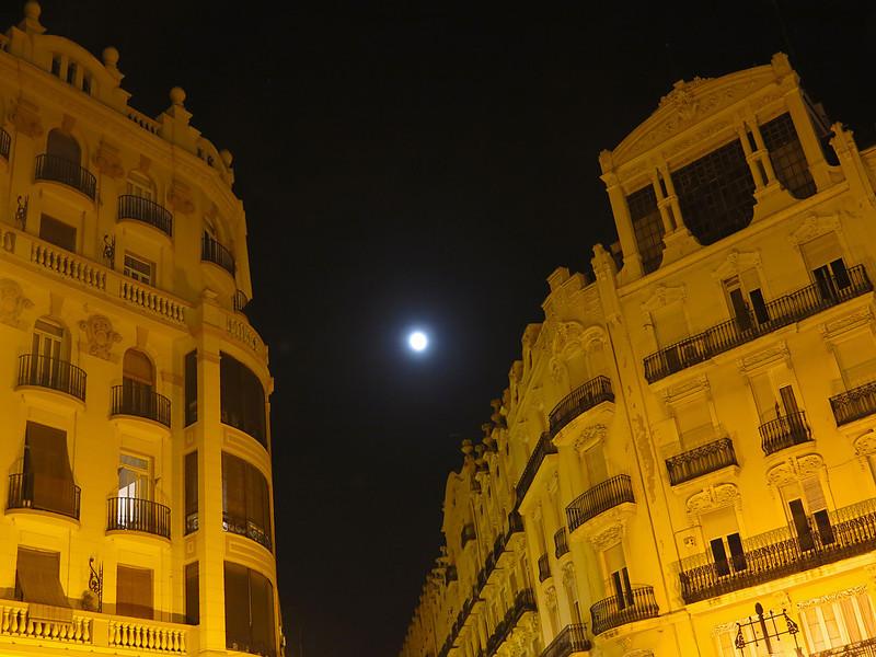 """<p><font size=""""4"""">À la clarté de la nuit </font></p> <p><font size=""""1"""">By the light of the night</font></p>"""