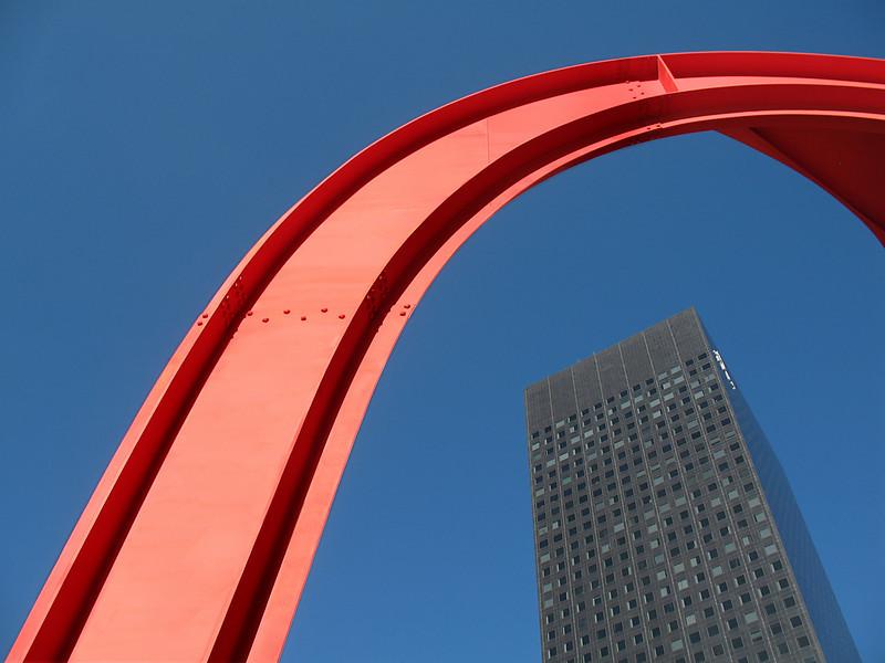 """<p><font size=""""4"""">Le rouge et le noir</font></p> <p><font size=""""1"""">   The red and the black </font></p>"""