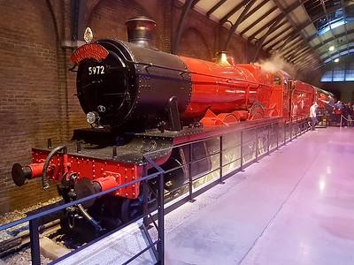 4-6-0 5972 'Hogwarts Castle'