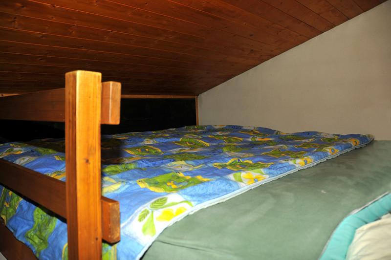 Mezzanine bedroom for 3 kids<br /> Mezzanine chambre pour 3 enfants