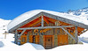 Nendaz Grepon Blanc:<br /> mountain chalet under deep snow<br /> chalet de montagne sous la neige