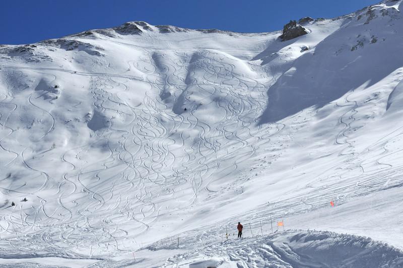 Nendaz Grepon Blanc<br /> Off trail skiing in powder snow<br /> skieur hors piste