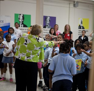 CNCS, CEO Wendy Spencer engages students for Let's Read. Let's Move.Corporation for National and Community Service Photo.