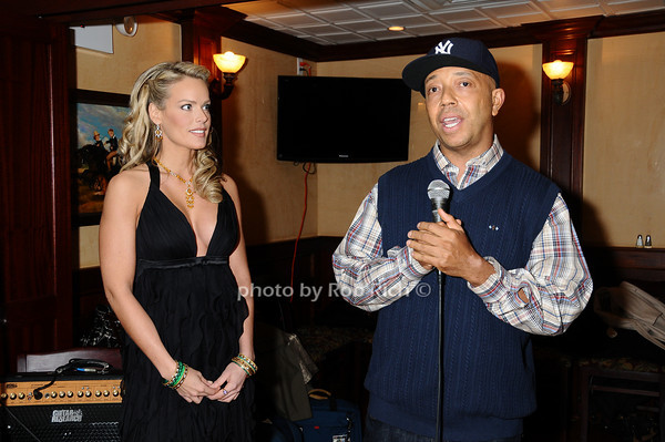 Heidi Albertsen, Russell Simmons<br /> photo by Rob Rich © 2009 robwayne1@aol.com 516-676-3939