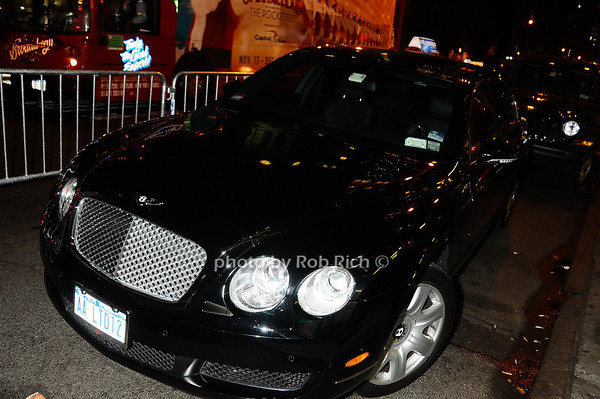 Bentley Flying Spur <br /> photo by Rob Rich © 2009 robwayne1@aol.com 516-676-3939