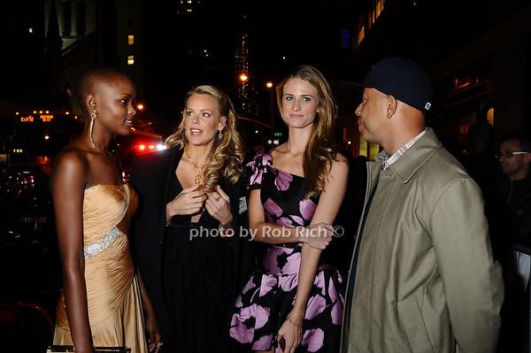 Miss Tanzania  Flaviana Matata, Heidi Albertsen, Julie Henderson, Russell Simmons<br /> photo by Rob Rich © 2009 robwayne1@aol.com 516-676-3939