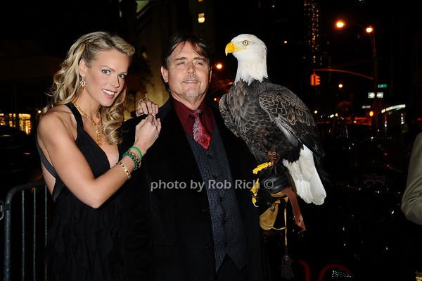 Heidi Albertsen, Al Cecere,Challenger (American Bald Eagle)<br /> Heidi Albertsen, Al Cecere,Challenger (American Bald Eagle)<br /> photo by Rob Rich © 2009 robwayne1@aol.com 516-676-3939