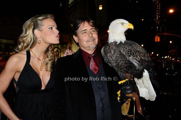 Heidi Albertsen, Al Cecere,Challenger (American Bald Eagle)<br /> photo by Rob Rich © 2009 robwayne1@aol.com 516-676-3939