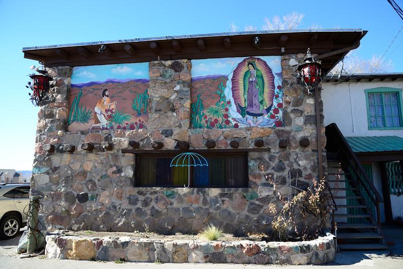 Española, NM: El Paragua Restaurant - fantastic, authentic