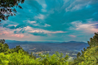 This was the view from Roanoke Mountain just after a recent storm passed through the area, the storm was just ahead of me. I was hoping to get some shots of lightning in the distance but that didn't work out, but I did manage to bring home a few cool shots.