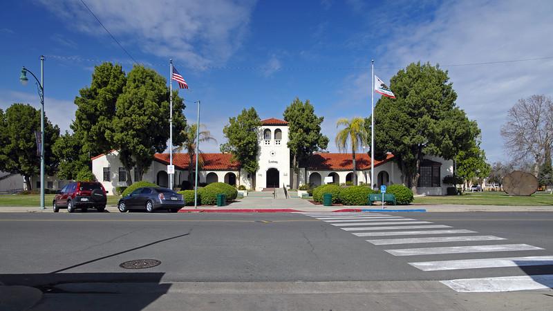 The Lindsay City Hall