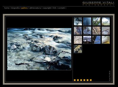 //www.giuseppevitali.com nell'elegante sito di questo giovane fotoamatore si segnalano in particolare gli astratti e le belle immagini dell'acqua in movimento