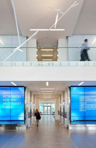 Brocade Campus, San Jose CA. Vance Brown Builders, RMW Architecture and Interiors.<br /> Main Lobby Entrance.