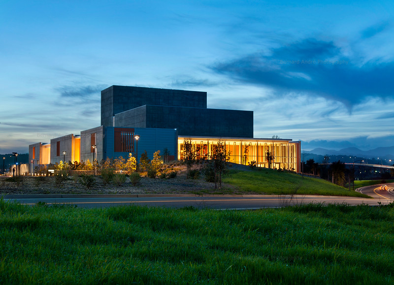 Performing Arts Center, Napa Valley College. HGA Architects.