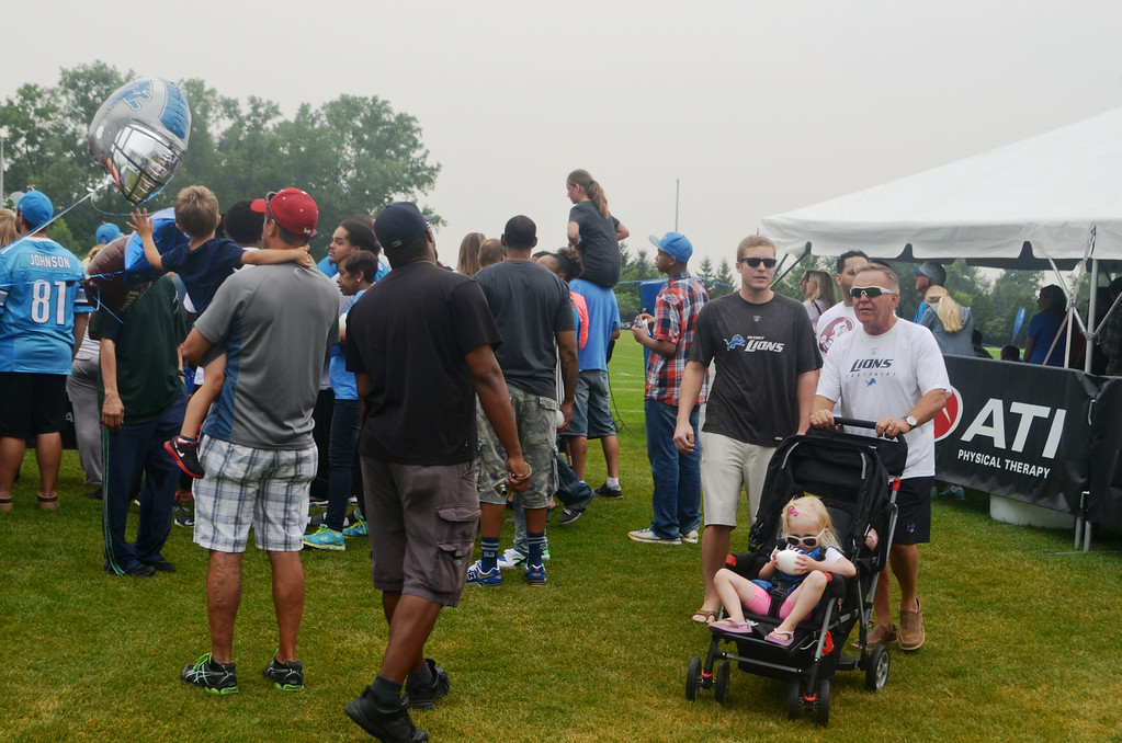 . Thousands of fans packed the Detroit Lions training facility Aug. 2 for Family Day with the team. Photos by Dave Herndon.