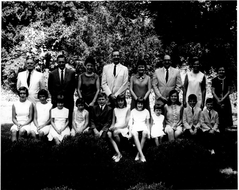 KimbroughFamilyPicture0001