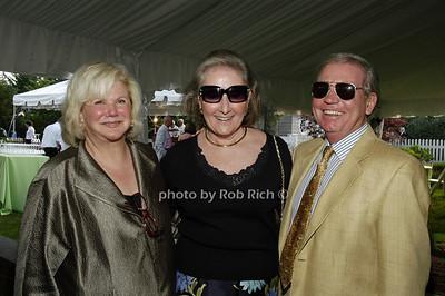 Roberta Meadows, Maureen Lawrence, George Lawrence