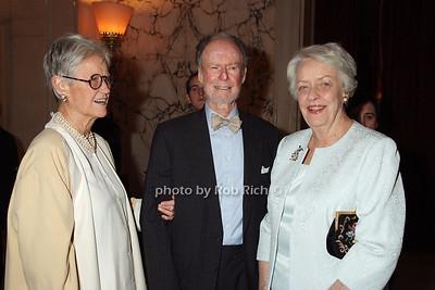Carol Blake, Edmund Blake, Mary Sughrue photo by Rob Rich © 2008 robwayne1@aol.com 516-676-3939