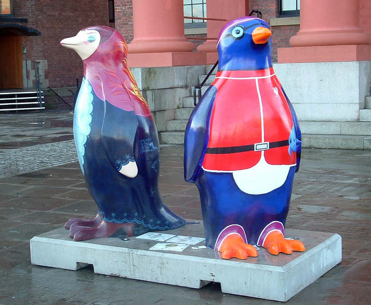 Penquins outside the Maritime museum