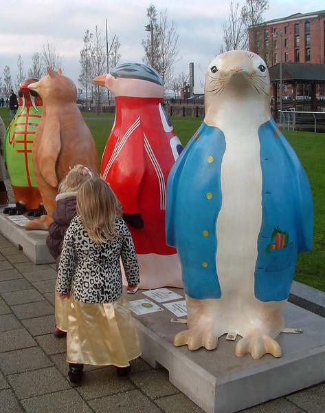 Albert Dock-Children with Penquins