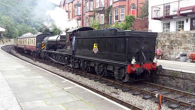 2-8-0 3802 at Llangollen Station   24/08/15.
