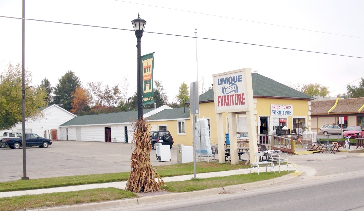 Fred's Unique Furniture Gladwin Location