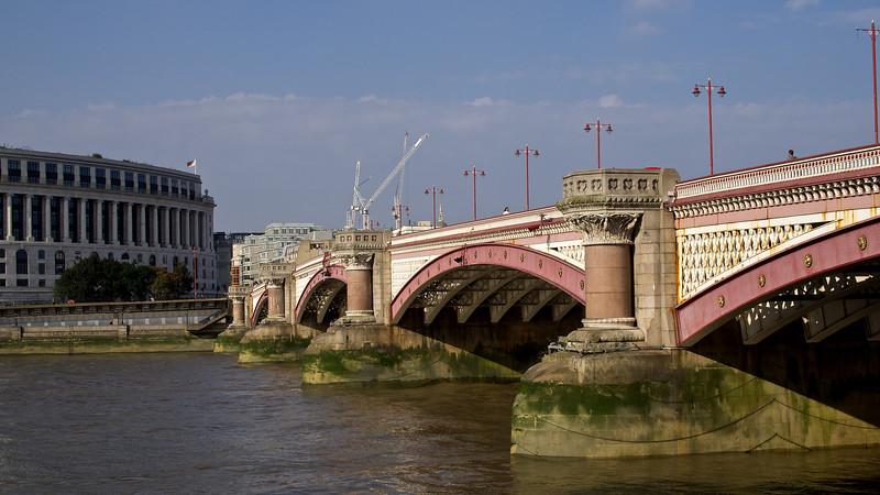 London 035