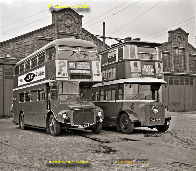 """Routemaster RM1093 & """"Diddler"""" No. 1, Fulwell Depot, 6th May 1962"""
